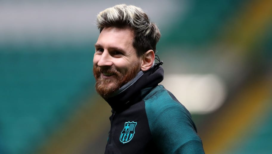 GLASGOW, SCOTLAND - NOVEMBER 22:  Lionel Messi of Barcelona looks on during the FC Barcelona training session at Celtic Park Stadium on November 22, 2016 in Glasgow, Scotland.  (Photo by Ian MacNicol/Getty Images)