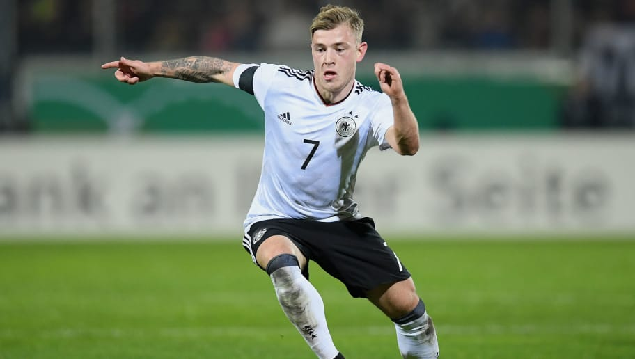 WIESBADEN, GERMANY - MARCH 24: Max Meyer of Germany controls the ball during the U21 International Friendly match between U21 Germany and U21 England at BRITA-Arena on March 24, 2017 in Wiesbaden, Germany.  (Photo by Matthias Hangst/Bongarts/Getty Images)