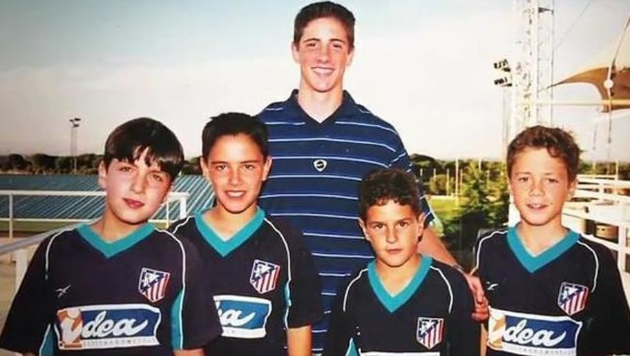Resultado de imagen para futbolistas que se tomaron fotos con futbolistas
