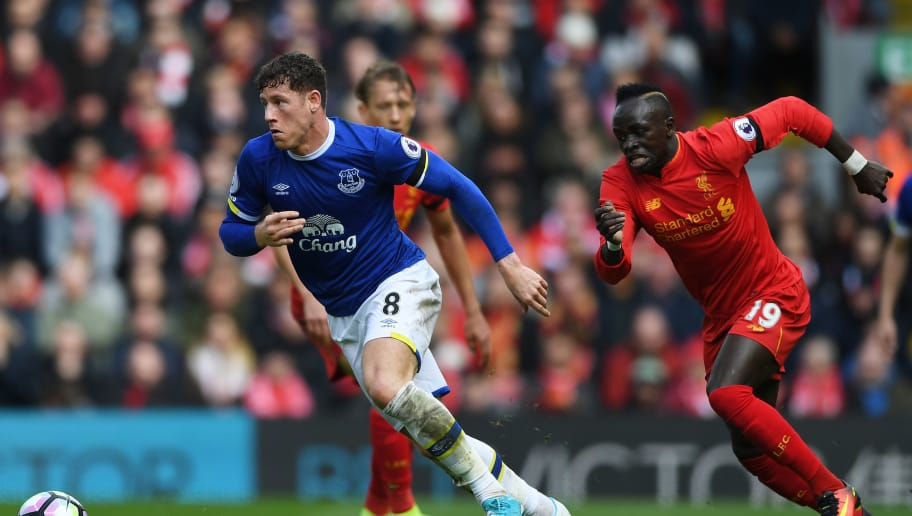 LIVERPOOL, ENGLAND - APRIL 01:  Ross Barkley of Everton (L) is put under pressure from Sadio Mane of Liverpool (R) during the Premier League match between Liverpool and Everton at Anfield on April 1, 2017 in Liverpool, England.  (Photo by Gareth Copley/Getty Images)