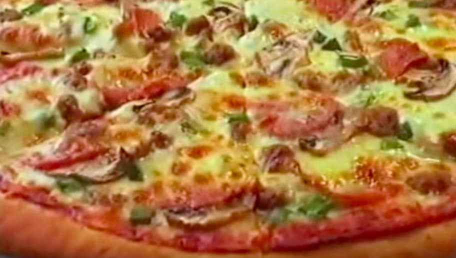 Pizza Hut Engage In Bizarre Social Media Battle With