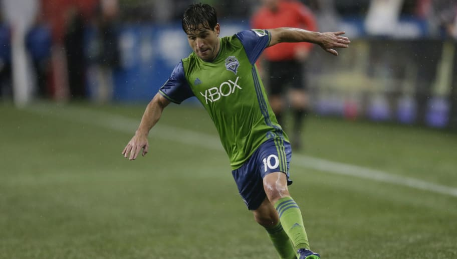 SEATTLE, WA - NOVEMBER 22: Nicolas Lodeiro #10 of the Seattle Sounders dribbles the ball during a match against the Colorado Rapids in the first leg of the Western Conference Finals at CenturyLink Field on November 22, 2016 in Seattle, Washington. The Sounders won the match 2-1. (Photo by Stephen Brashear/Getty Images)