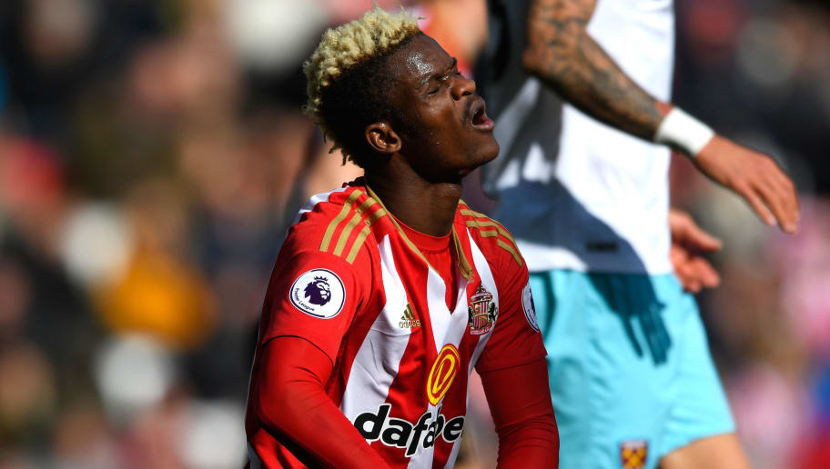 SUNDERLAND, ENGLAND - APRIL 15:  Dider N'dong of Sunderland reacts during the Premier League match between Sunderland and West Ham United at Stadium of Light on April 15, 2017 in Sunderland, England.  (Photo by Stu Forster/Getty Images)