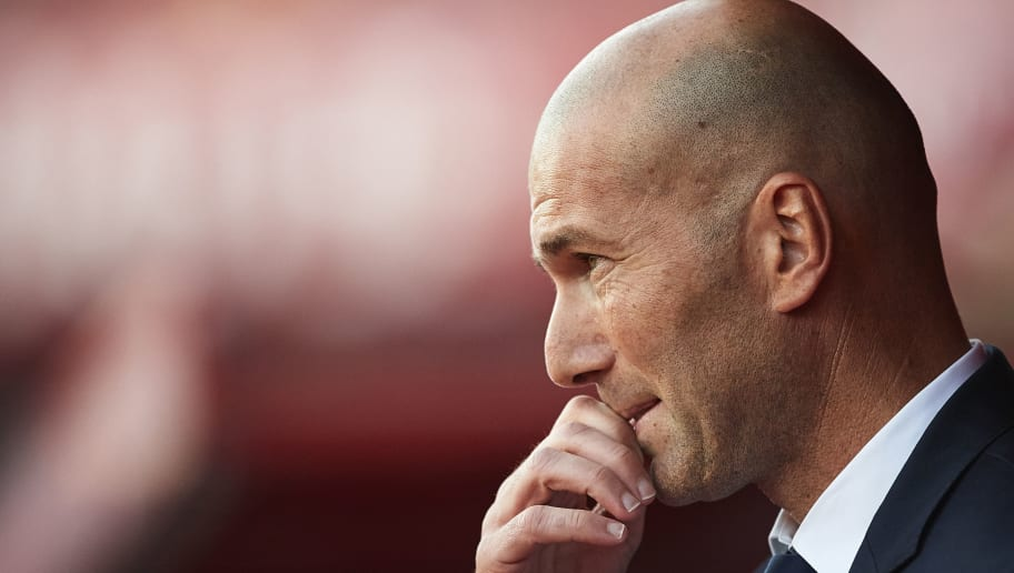 GRANADA, SPAIN - MAY 06:  Head Coach of Real Madrid CF Zinedine Zidane looks on  during the La Liga match between Granada CF v Real Madrid CF at Estadio Nuevo Los Carmenes on May 6, 2017 in Granada, Spain.  (Photo by Aitor Alcalde/Getty Images)