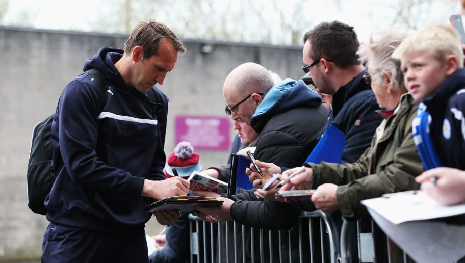 BURNLEY, ENGLAND - APRIL 25:  Mark Schwarzer of Leicester City signs autographs prior to the Barclays Premier League match between Burnley and Leicester City at Turf Moor on April 25, 2015 in Burnley, England.  (Photo by Jan Kruger/Getty Images)