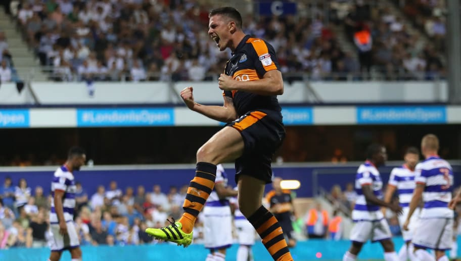LONDON, ENGLAND - SEPTEMBER 13:  Ciaran Clark of Newcastle United celebrates scoring a goal during the Sky Bet Championship match between Queens Park Rangers and Newcastle United at Loftus Road on September 13, 2016 in London, England.  (Photo by Warren Little/Getty Images)
