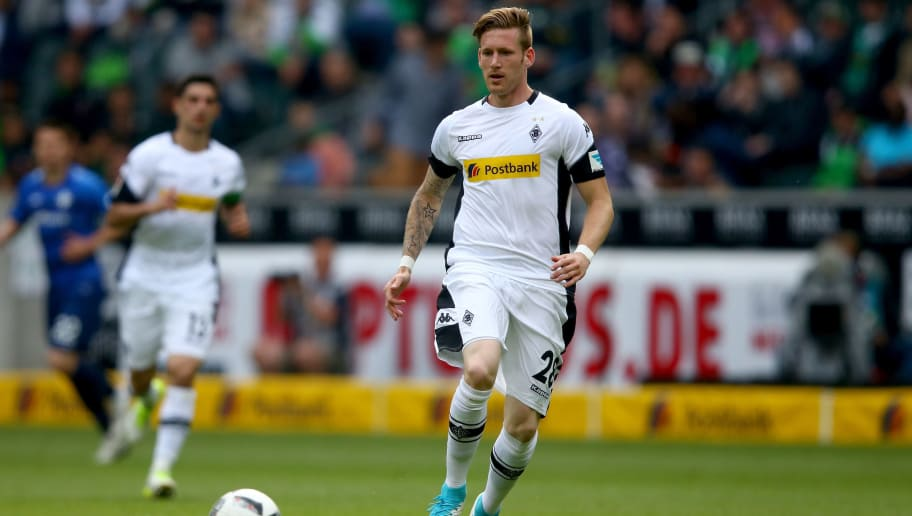 MOENCHENGLADBACH, GERMANY - MAY 20: Andre Hahn of Moenchengladbach runs with the ball during the Bundesliga match between Borussia Moenchengladbach and SV Darmstadt 98 at Borussia-Park on May 20, 2017 in Moenchengladbach, Germany.  (Photo by Christof Koepsel/Bongarts/Getty Images)