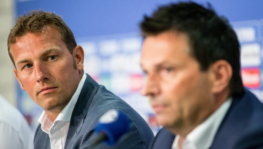 GELSENKIRCHEN, GERMANY - JUNE 21:  Markus Weinzierl (L), the newly appointed head coach of FC Schalke 04 and Schalke«s manager Christian Heidel attend a press conference at Veltins Arena on June 21, 2016 in Gelsenkirchen, Germany. (Photo by Maja Hitij/Bongarts/Getty Images)