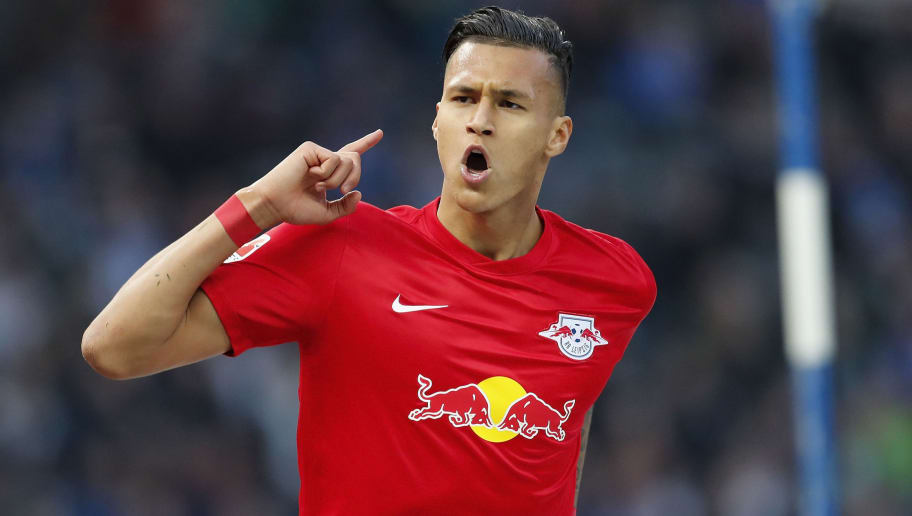BERLIN, GERMANY - MAY 06:  Davie Selke of RB Leipzig celebrates with team mates after scoring his team's fourth goal during the Bundesliga match between Hertha BSC and RB Leipzig at Olympiastadion on May 6, 2017 in Berlin, Germany.  (Photo by Boris Streubel/Bongarts/Getty Images)