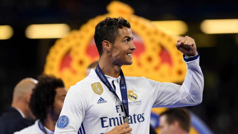 6367788ef5bf5 Cristiano Slams Critics   Praises Zidane After Leading Madrid to ...