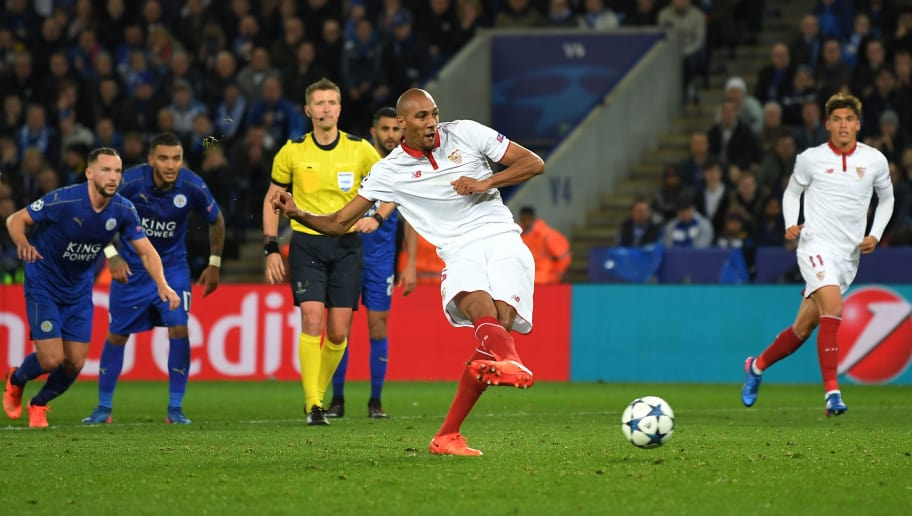 LEICESTER, ENGLAND - MARCH 14:  Steven N'Zonzi of Sevilla takes a penalty, only to see it saved by Kasper Schmeichel of Leicester City during the UEFA Champions League Round of 16, second leg match between Leicester City and Sevilla FC at The King Power Stadium on March 14, 2017 in Leicester, United Kingdom.  (Photo by Laurence Griffiths/Getty Images)