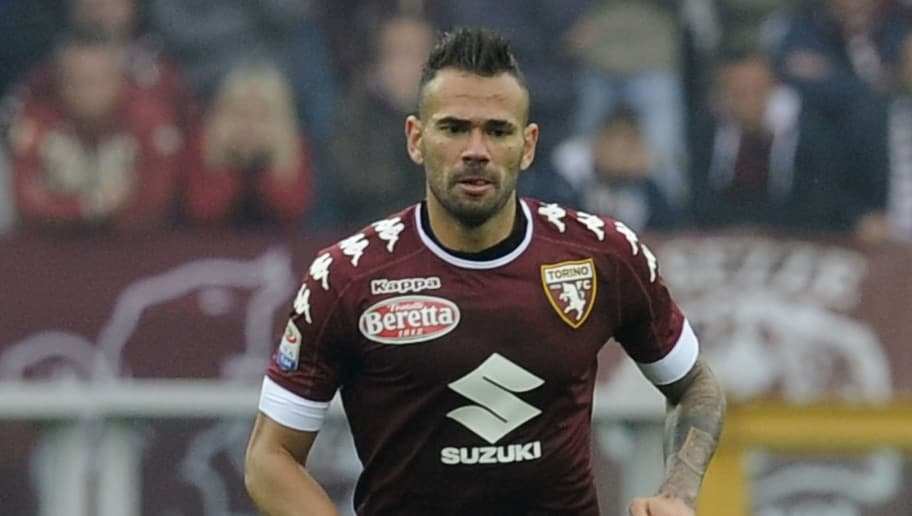 Leandro Castan of Torino during the Serie A match between FC Torino and SS Lazio at Stadio Olimpico di Torino on October 23, 2016 in Turin, Italy.