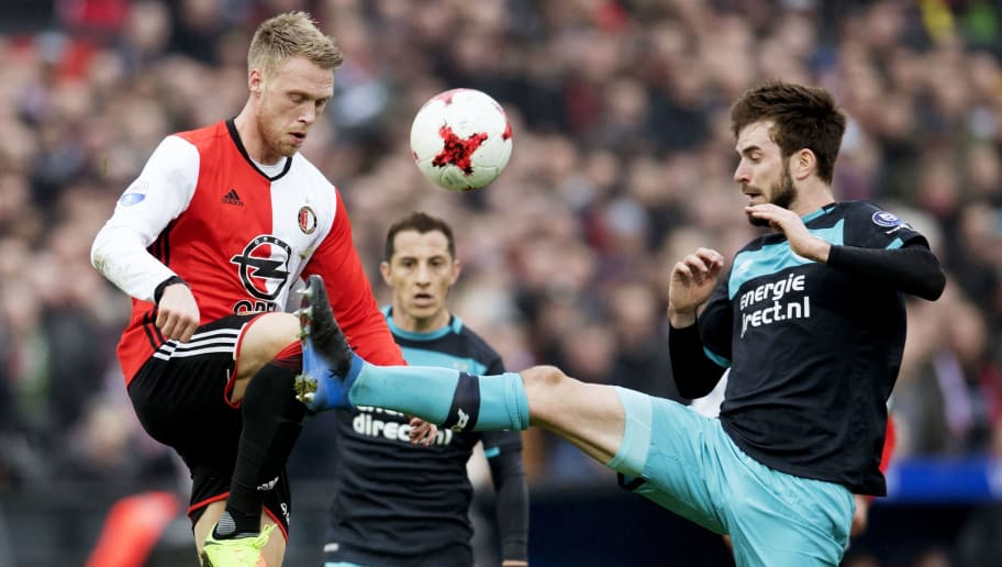 Feyenoord's Danish forward Nicolai Jorgensen (L) and PSV's midfielder Davy Proepper go for the ball during the Dutch Eredivisie fottball match Feyenoord Rotterdam vs PSV Eindhoven on February 26, 2017 at the De Kuip stadium in Rotterdam.    / AFP / ANP / Olaf KRAAK / Netherlands OUT        (Photo credit should read OLAF KRAAK/AFP/Getty Images)