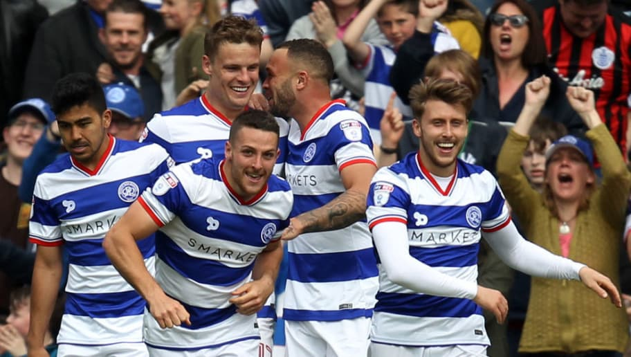 LONDON, ENGLAND - APRIL 29: Connor Washington of QPR celebrates his goal with team mates during the Sky Bet Championship match between Queens Park Rangers and Nottingham Forest at Loftus Road on April 29, 2017 in London, England. (Photo by Harry Hubbard/Getty Images)