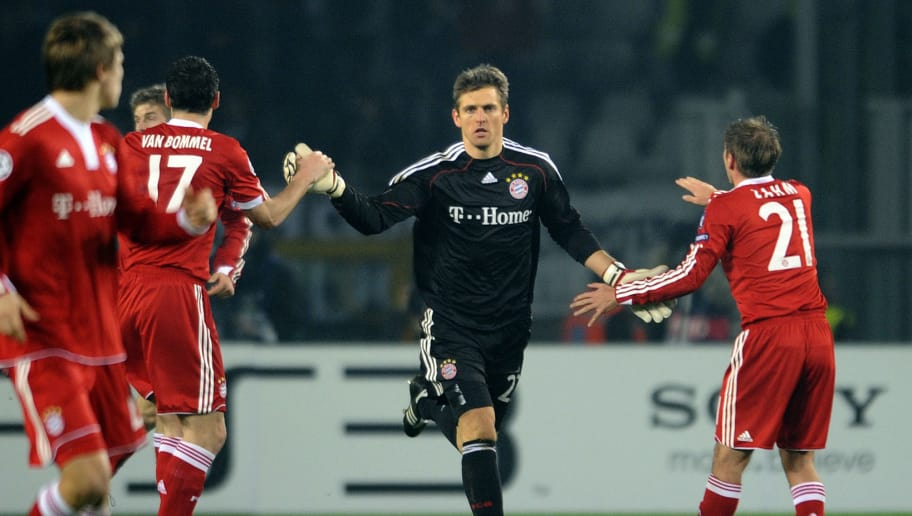 Bayern Munich's goalkeeper Hans-Joerg Butt (C) celebrates with teammates after scoring a penalty against Juventus during their UEFA Champion's League football match in Turin's Olimpic Stadium on December 8, 2009.  AFP PHOTO / Damien Meyer (Photo credit should read DAMIEN MEYER/AFP/Getty Images)