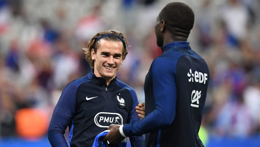 Photo Griezmann Shocks World By Sporting Possibly The Worst