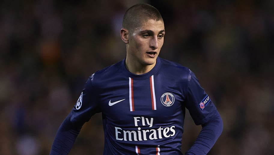 VALENCIA, SPAIN - FEBRUARY 12:  Marco Veratti of Paris Saint-Germain controls the ball during the UEFA Champions League Round of 16 match between Valencia CF and Paris St Germain at Estadi de Mestalla on February 12, 2013 in Valencia, Spain.  (Photo by Manuel Queimadelos Alonso/Getty Images)