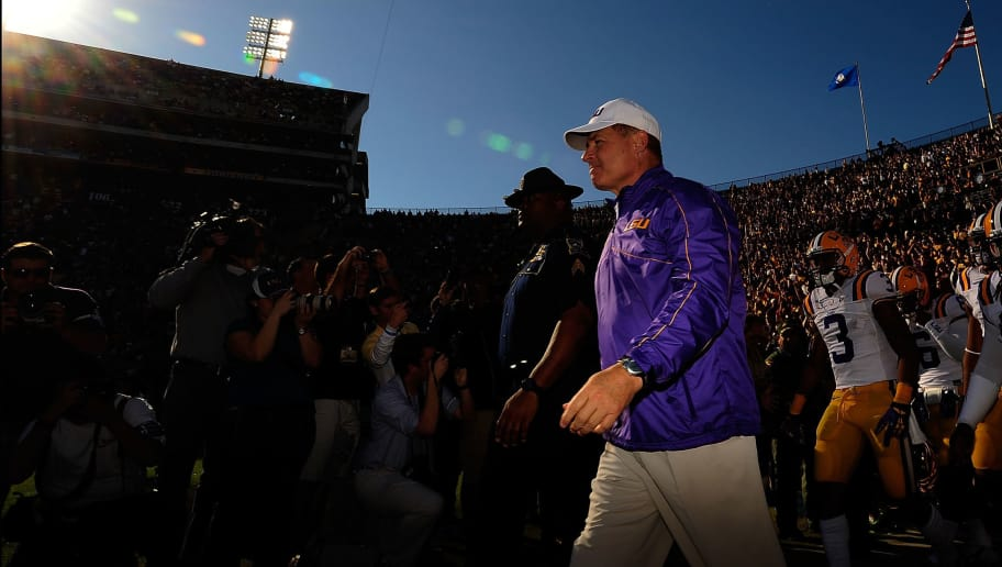 BATON ROUGE, LA - NOVEMBER 17:  Les Miles, head coach of the LSU Tigers, takes the field prior to a game against the Ole Miss Rebels at Tiger Stadium on November 17, 2012 in Baton Rouge, Louisiana.  (Photo by Stacy Revere/Getty Images)