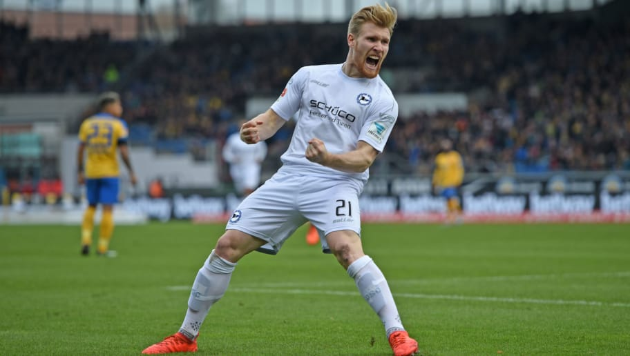 BRAUNSCHWEIG, GERMANY - DECEMBER 11:  Andreas Voglsammer of Bielefeld celebrates his first goal during the Second Bundesliga match between Eintracht Braunschweig and DSC Arminia Bielefeld at Eintracht Stadion on December 11, 2016 in Braunschweig, Germany.  (Photo by Thomas Starke/Bongarts/Getty Images)
