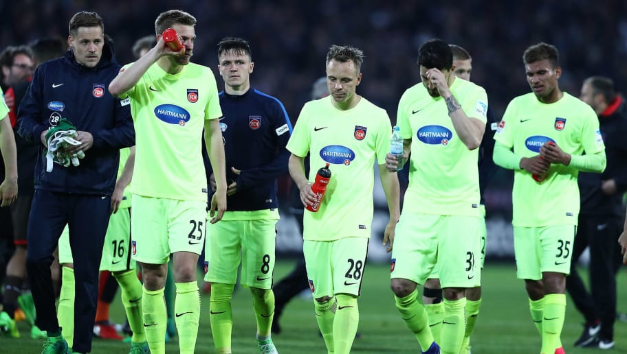 HAMBURG, GERMANY - APRIL 28:  Team of Heidenheim appears frustrated after the Second Bundesliga match between FC St. Pauli and 1. FC Heidenheim 1846 at Millerntor Stadium on April 28, 2017 in Hamburg, Germany.  (Photo by Oliver Hardt/Bongarts/Getty Images)