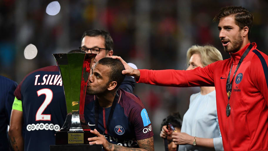 Psg Star Dani Alves Becomes World S Most Decorated Footballer After
