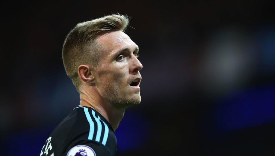 MANCHESTER, ENGLAND - MAY 16: Darren Fletcher of West Bromwich Albion looks on during the Premier League match between Manchester City and West Bromwich Albion at Etihad Stadium on May 16, 2017 in Manchester, England.  (Photo by Clive Mason/Getty Images)