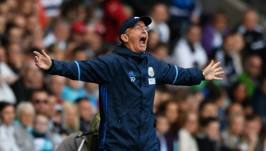 SWANSEA, WALES - MAY 21:  WBA manager Tony Pulis reacts during the Premier League match between Swansea City and West Bromwich Albion at Liberty Stadium on May 21, 2017 in Swansea, Wales.  (Photo by Stu Forster/Getty Images)