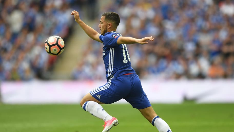 LONDON, ENGLAND - MAY 27:  Eden Hazard of Chelsea in action during the Emirates FA Cup Final between Arsenal and Chelsea at Wembley Stadium on May 27, 2017 in London, England.  (Photo by Laurence Griffiths/Getty Images)