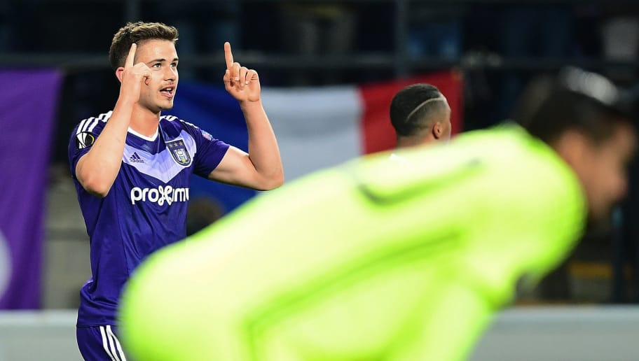 RSC Anderlecht's Belgian midfielder Leander Dendoncker celebrates after scoring during the UEFA Europa League first leg quarter-final football match between Anderlecht and Manchester United at the Constant Vanden Stock stadium in Brussels on April 13, 2017. / AFP PHOTO / EMMANUEL DUNAND        (Photo credit should read EMMANUEL DUNAND/AFP/Getty Images)