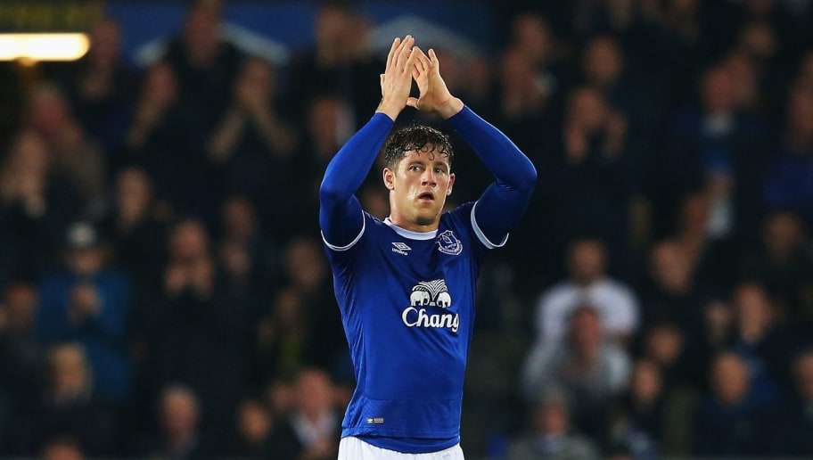 LIVERPOOL, ENGLAND - MAY 12:  Ross Barkley of Everton shows appreciation to the fans as he is subbed off during the Premier League match between Everton and Watford at Goodison Park on May 12, 2017 in Liverpool, England.  (Photo by Alex Livesey/Getty Images)