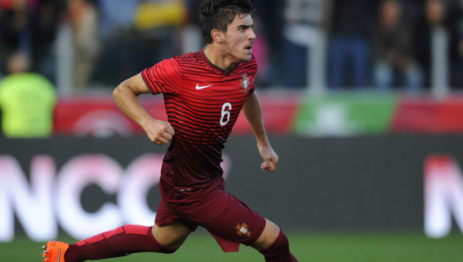 PACOS DE FERREIRA,PORTUGAL - OCTOBER 14:  Ruben Neves of Portugal celebrates during the UEFA U21 Championship second leg playoff between Portugal and Netherlands at the Mata Real Stadium on October 14, 2014 in Pacos de Ferreira,Portugal. (Photo by Miguel Riopa/EuroFootball/Getty Images)