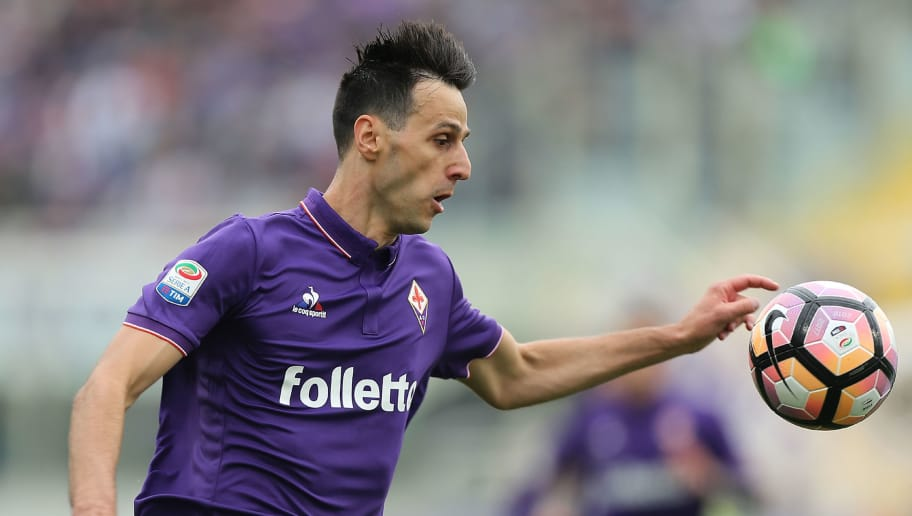 FLORENCE, ITALY - APRIL 15: Nikola Kalinic of ACF Fiorentina in action during the Serie A match between ACF Fiorentina and Empoli FC at Stadio Artemio Franchi on April 15, 2017 in Florence, Italy.  (Photo by Gabriele Maltinti/Getty Images)
