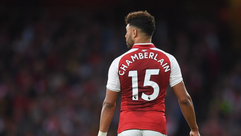 LONDON, ENGLAND - AUGUST 11:  Alex Oxlade-Chamberlain of Arsenal in action during the Premier League match between Arsenal and Leicester City at Emirates Stadium on August 11, 2017 in London, England.  (Photo by Michael Regan/Getty Images)