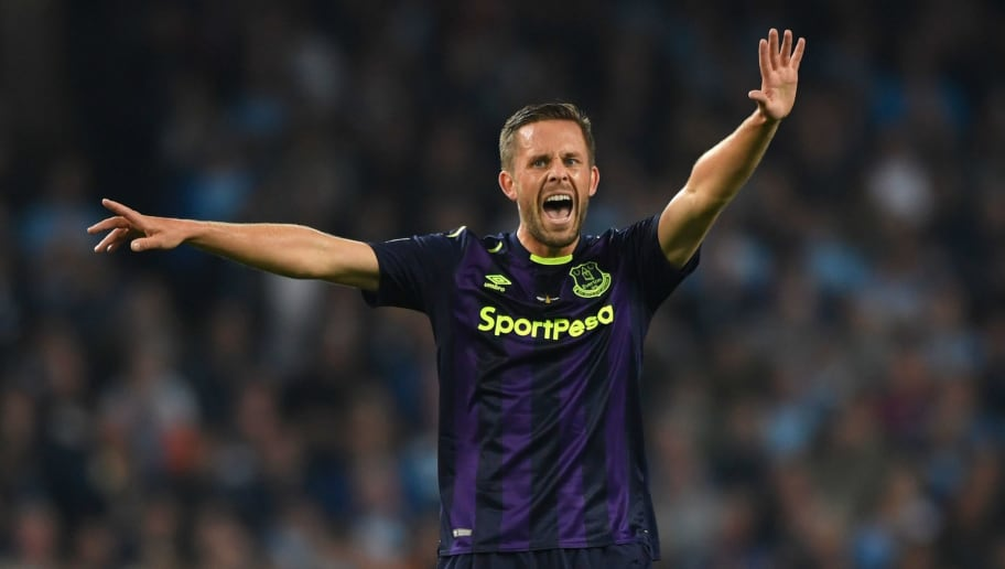 MANCHESTER, ENGLAND - AUGUST 21:  Everton player Gylfi Sigurdsson reacts during the Premier League match between Manchester City and Everton at Etihad Stadium on August 21, 2017 in Manchester, England.  (Photo by Stu Forster/Getty Images)