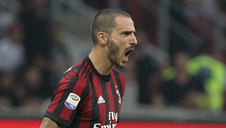 MILAN, ITALY - AUGUST 27:  Leonardo Bonucci of AC Milan celebrates a victory at the end of the Serie A match between AC Milan and Cagliari Calcio at Stadio Giuseppe Meazza on August 27, 2017 in Milan, Italy.  (Photo by Marco Luzzani/Getty Images)