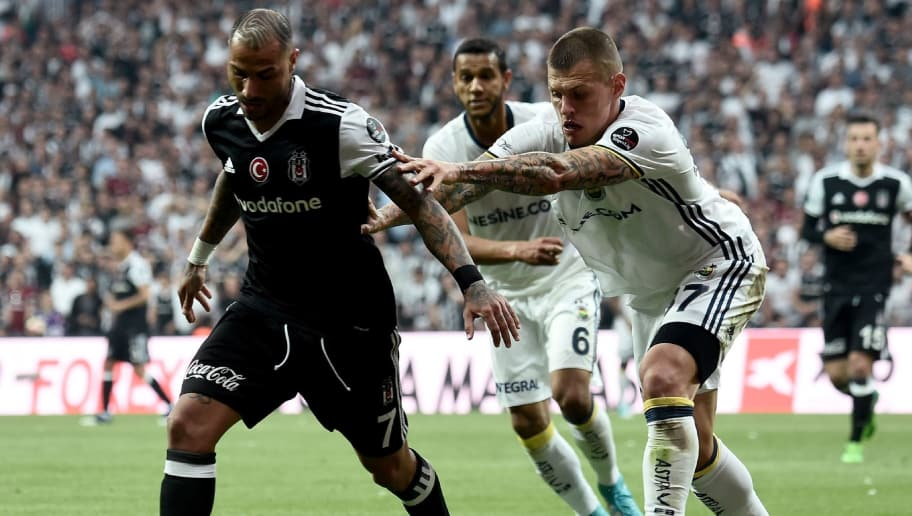 Besiktas' Portoguese midfielder Ricardo Quaresma (L) vies with Fenerbahce's Slovakian deefender Martin Skrtel (R)  during the Turkish Spor Toto Super Lig football match between Besiktas and Fenerbahce at the Vodafone arena stadium in Istanbul, on May 7, 2017. / AFP PHOTO / OZAN KOSE        (Photo credit should read OZAN KOSE/AFP/Getty Images)