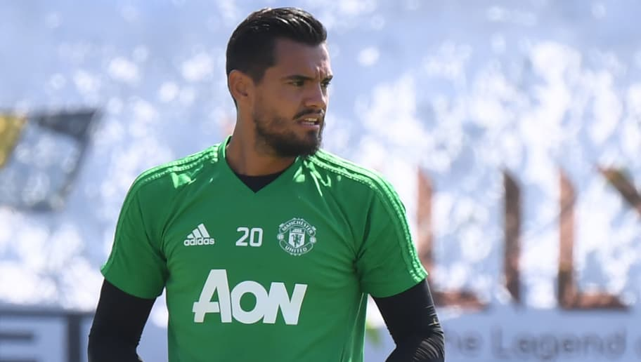 Manchester United goalkeeper Sergio Romero during an Open Training Session at the University of California (UCLA), July 14, 2017 in Los Angeles, California. / AFP PHOTO / Robyn Beck        (Photo credit should read ROBYN BECK/AFP/Getty Images)