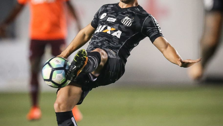 Santos revela inspirações para novo uniforme e alega que camisa é um ... 39d51dbd6ad79