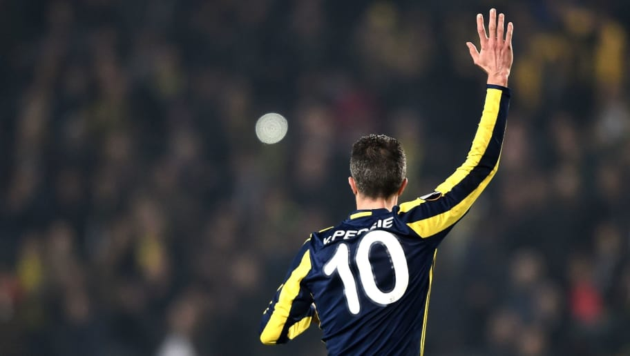 Fenerbahce's Dutch forward Robin Van Persie reacts during the UEFA Europa League round of 32 second leg football match between Fenerbahce SK and FC Krasnodar on February 22, 2017 at Fenerbahce Ulker stadium in Istanbul.  / AFP / OZAN KOSE        (Photo credit should read OZAN KOSE/AFP/Getty Images)