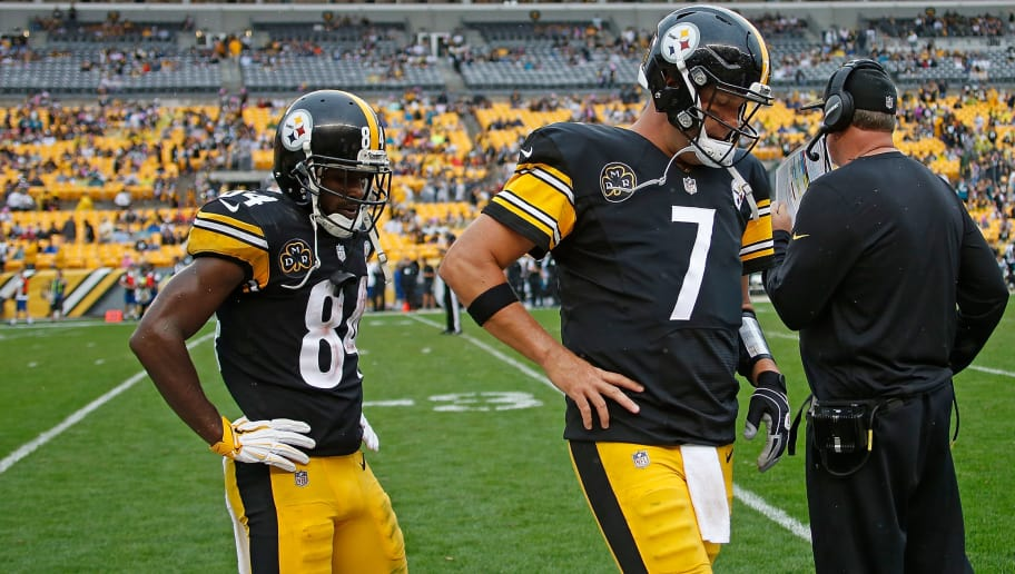PITTSBURGH, PA - OCTOBER 08: Ben Roethlisberger #7 of the Pittsburgh Steelers and Antonio Brown #84 walk off the field in the fourth quarter during the game against the Jacksonville Jaguars at Heinz Field on October 8, 2017 in Pittsburgh, Pennsylvania. (Photo by Justin K. Aller/Getty Images)