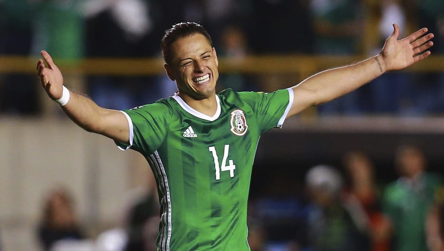 SAN LUIS POTOSI, MEXICO - OCTOBER 06: Javier Hernandez of Mexico celebrates the first goal of his team scored by Hirving Lozano (not in frame) during the match between Mexico and Trinidad & Tobago as part of the FIFA 2018 World Cup Qualifiers at Alfonso Lastras Stadium on October 6, 2017 in San Luis Potosi, Mexico. (Photo by Manuel Velasquez/Getty Images)
