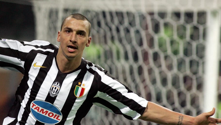 Milan, ITALY:  Juventus' forward Zlatan Ibrahimovic celebrates after scoring against Inter Milan during their Serie A football match Inter Milan-Juventus at San Siro stadium in Milan, 12 February 2006.  AFP PHOTO / PACO SERINELLI  (Photo credit should read PACO SERINELLI/AFP/Getty Images)
