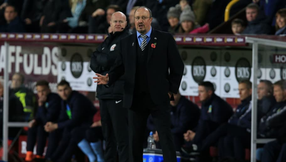 Newcastle United's Spanish manager Rafael Benitez shouts instructions to his players from the touchline during the English Premier League football match between Burnley and Newcastle United at Turf Moor in Burnley, north west England on October 30, 2017. / AFP PHOTO / Lindsey PARNABY / RESTRICTED TO EDITORIAL USE. No use with unauthorized audio, video, data, fixture lists, club/league logos or 'live' services. Online in-match use limited to 75 images, no video emulation. No use in betting, games or single club/league/player publications.  /         (Photo credit should read LINDSEY PARNABY/AFP/Getty Images)