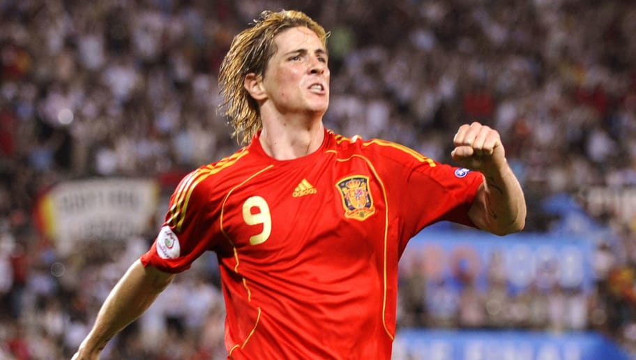 Spanish forward Fernando Torres celebrates after scoring the opening goal during the Euro 2008 championships final football match Germany vs. Spain on June 29, 2008 at Ernst-Happel stadium in Vienna, Austria. Spain leads 1-0.    AFP PHOTO / OLIVER LANG -- MOBILE SERVICES OUT -- (Photo credit should read OLIVER LANG/AFP/Getty Images)