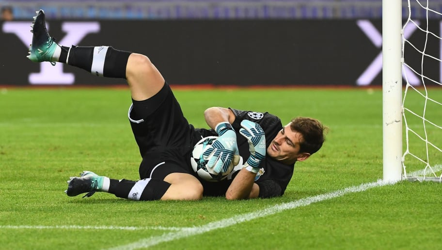 Porto's Spanish goalkeeper Iker Casillas catches the ball during the UEFA Champions League Group G football match AS Monaco FC vs FC Porto on September 26, 2017 at the Louis II stadium in Monaco. / AFP PHOTO / Anne-Christine POUJOULAT        (Photo credit should read ANNE-CHRISTINE POUJOULAT/AFP/Getty Images)