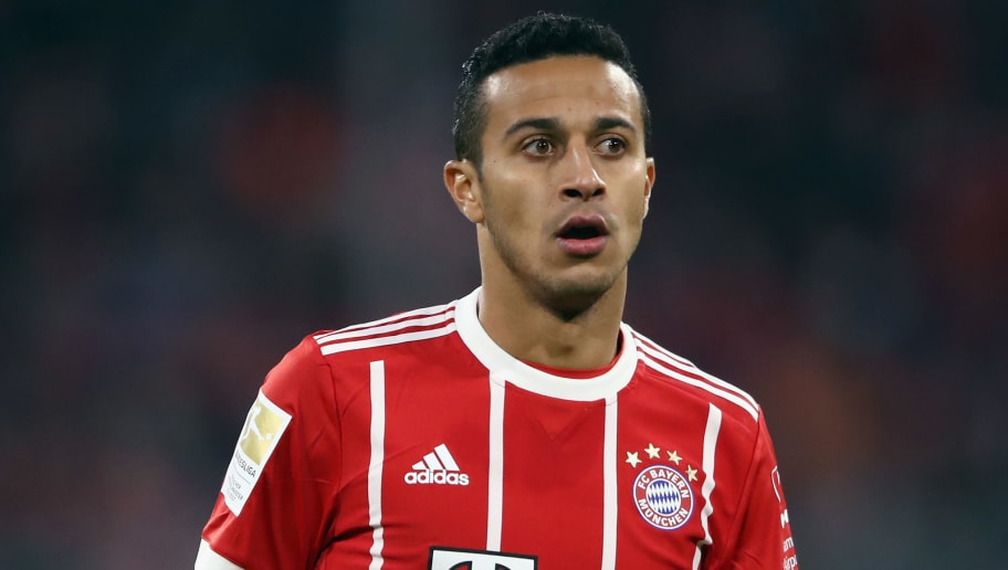 MUNICH, GERMANY - OCTOBER 28: Thiago Alcantara of Muenchen reacts during the Bundesliga match between FC Bayern Muenchen and RB Leipzig at Allianz Arena on October 28, 2017 in Munich, Germany.  (Photo by Alex Grimm/Bongarts/Getty Images)