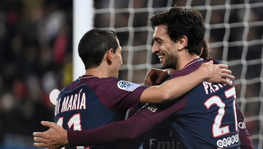 Paris Saint-Germain's Argentinian midfielder Javier Pastore (R) celebrtaes with Paris Saint-Germain's Argentinian forward Angel Di Maria after scoring during the French L1 football match between Paris Saint-Germain (PSG) and Nantes (FCN) at the Parc des Princes stadium in Paris on November 18, 2017. / AFP PHOTO / BERTRAND GUAY        (Photo credit should read BERTRAND GUAY/AFP/Getty Images)