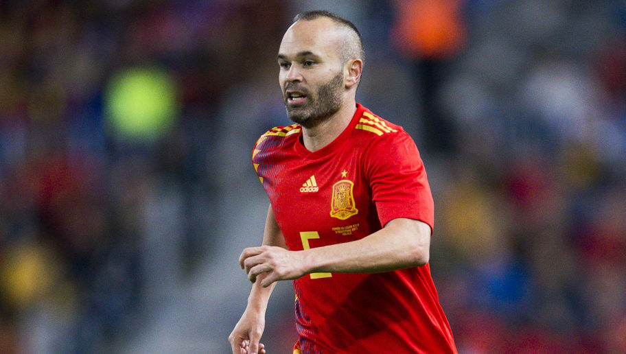 MALAGA, SPAIN - NOVEMBER 11: Andres Iniesta of Spain reacts during the international friendly match between Spain and Costa Rica at La Rosaleda Stadium on November 11, 2017 in Malaga, Spain. (Photo by Aitor Alcalde/Getty Images)