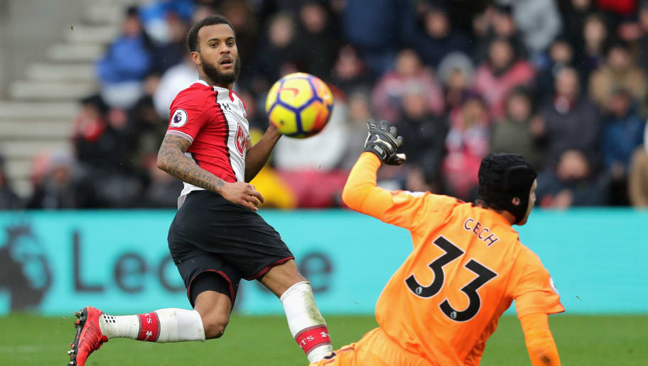 SOUTHAMPTON, ENGLAND - DECEMBER 10:  Ryan Bertrand of Southampton shoots and misses during the Premier League match between Southampton and Arsenal at St Mary's Stadium on December 9, 2017 in Southampton, England.  (Photo by Richard Heathcote/Getty Images)
