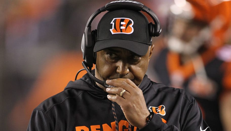 CINCINNATI, OH - DECEMBER 04:  Head coach Marvin Lewis of the Cincinnati Bengals looks on against the Pittsburgh Steelers during the first half at Paul Brown Stadium on December 4, 2017 in Cincinnati, Ohio.  (Photo by John Grieshop/Getty Images)